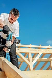 Крепежи для деревянных конструкций: какие они бывают?