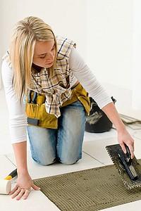 Как правильно выбрать клей для ремонта