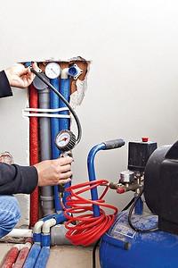Опрессовка системы отопления дома: зачем она нужна и как провести ее самому