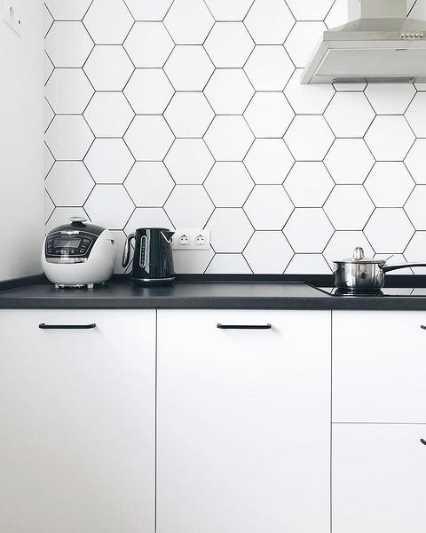 Кухонный фартук белого цвета