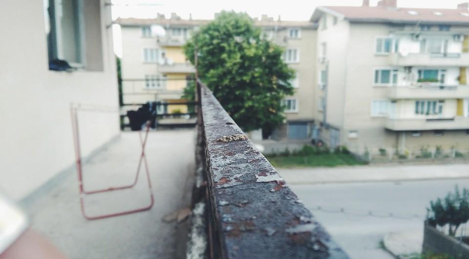 Сколько на самом деле стоит утеплить балкон?