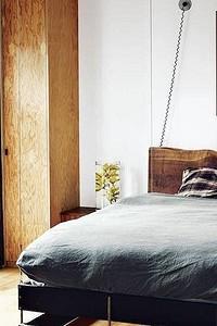 Картины для спальни: как правильно их выбрать и где повесить