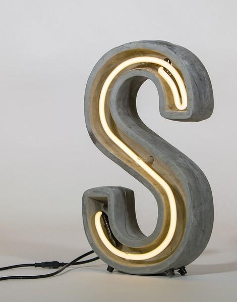 Настольная лампа ALPHACRETE от Seletti (в наличие есть весь алфавит)