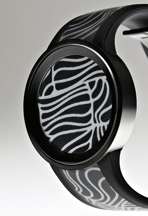 В гаджете SONY Fashion Watch владелец может ме&#1...