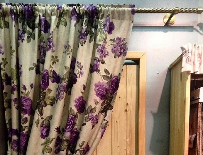 Какие бывают потолочные карнизы для штор: 3 вида конструкций