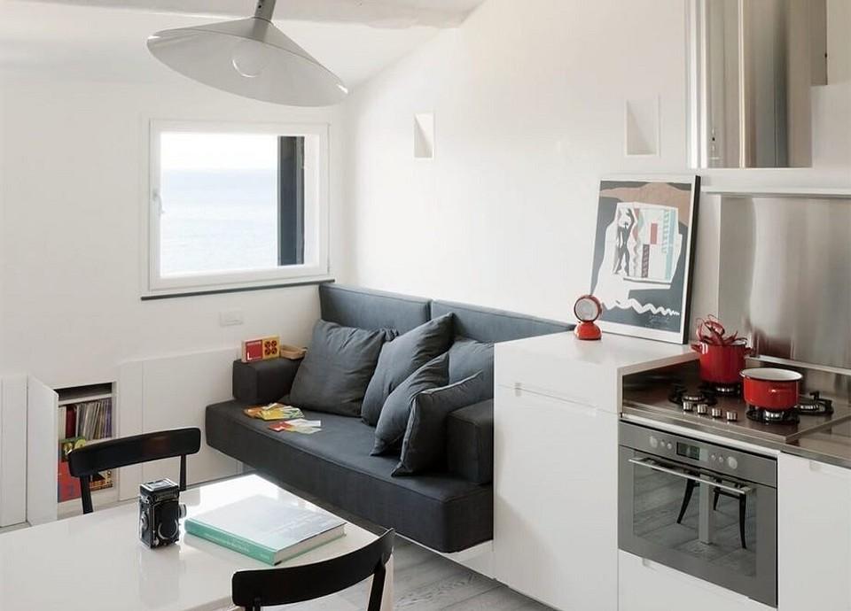 Интерьер кухни с диваном: фото и советы по размещению
