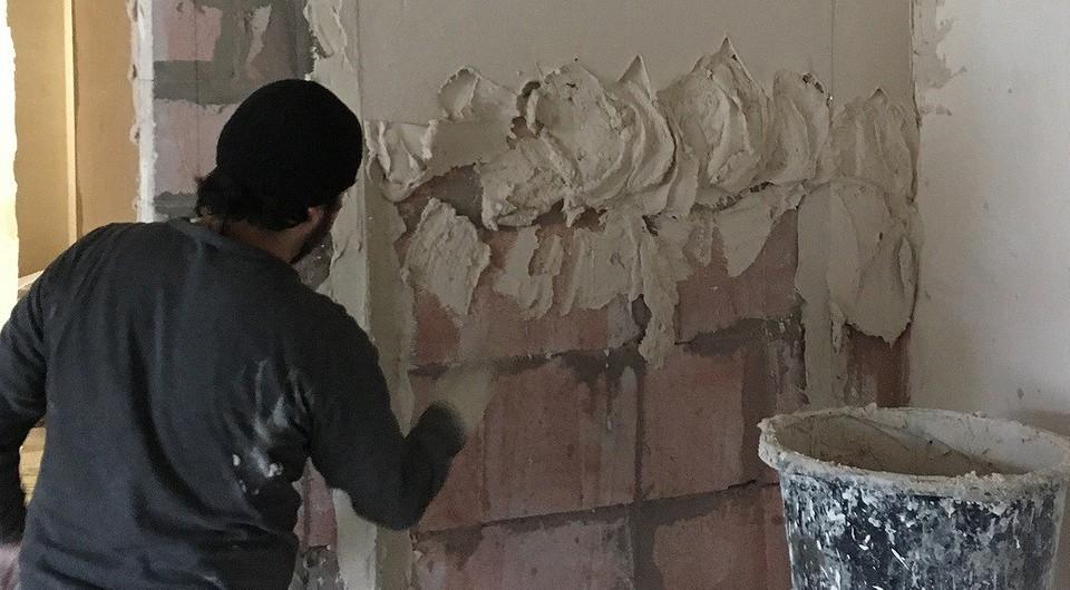 что лучше гипсовая или цементная штукатурка стен