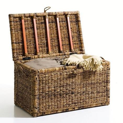 Плетеный чемодан