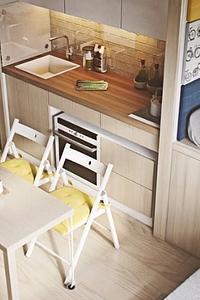 Кухня в коридоре: за и против