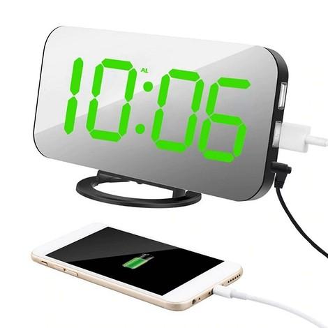 Цифровой будильник с USB-разъёмом