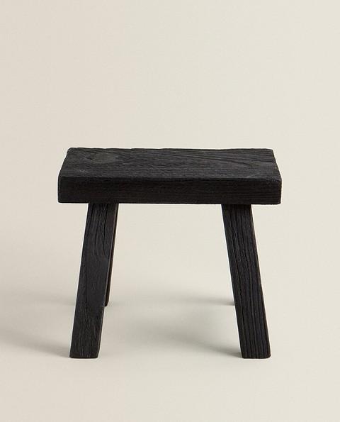 Мебель также сделана из 100% натур...