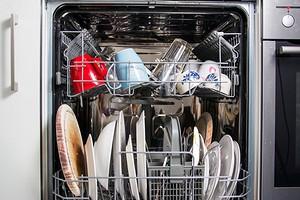 13предметов, которые нельзя мыть в посудомоечной машине