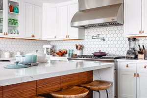 Замена фасадов на кухне: отвечаем на популярные вопросы