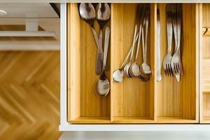 Как выбрать ящики для кухни и организовать правильное хранение: 7 важных советов