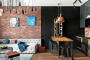 Микс лофта и шебби-шика: интерьер квартиры, вдохновленный атмосферой питерских клубов и ресторанов
