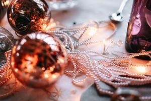 Звездная вечеринка: 14 предметов новогоднего декора, которые украсят ваш праздник