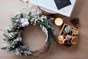 Как сделать новогодний венок своими руками: 5 простых и красивых вариантов