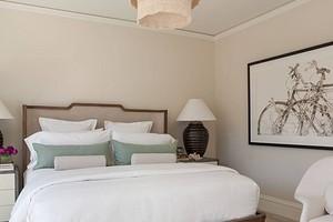 Дизайн спальни в светлых тонах (82 фото)