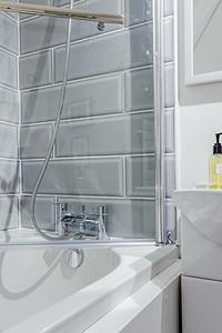 Ремонт ванной комнаты в панельном доме: 5 ответов на самые главные вопросы