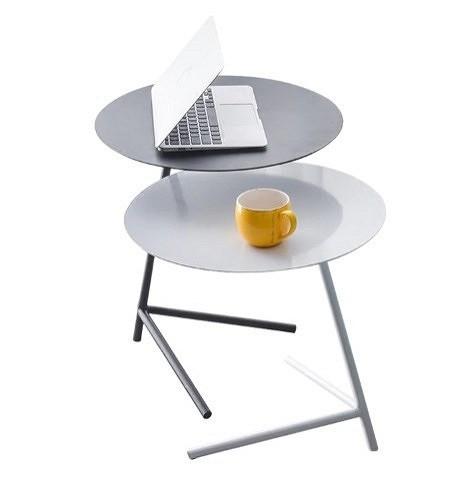 Прикроватный железный столик в скандинавском стиле