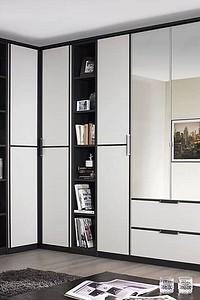 11 угловых шкафов-купе, которые отлично впишутся в интерьер гостиной