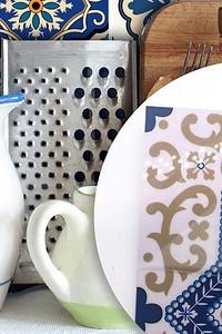 Обновляем кухонный фартук без перекладки плитки: 8 бюджетных идей