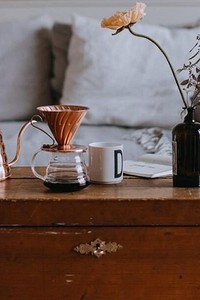 7 альтернатив журнальному столику, которые сделают гостиную интереснее