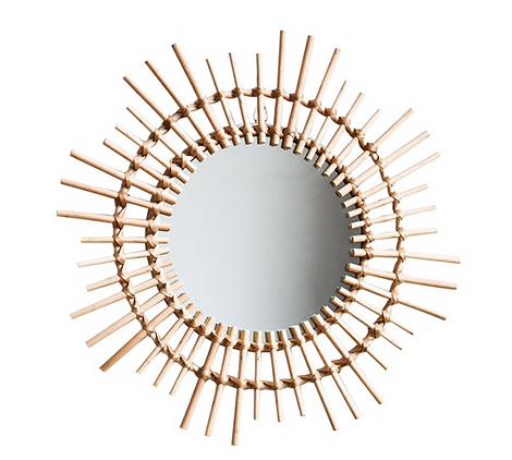 Зеркало с рамкой из ротанга
