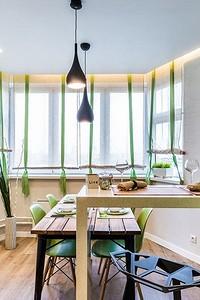 Дизайн натяжного потолка на кухне: 40 современных вариантов