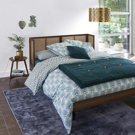 Кровать винтажная из плетеного ротанга с сеткой NOYA