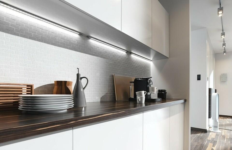 Как сделать подсветку для кухни под шкафчики своими руками: полезные советы