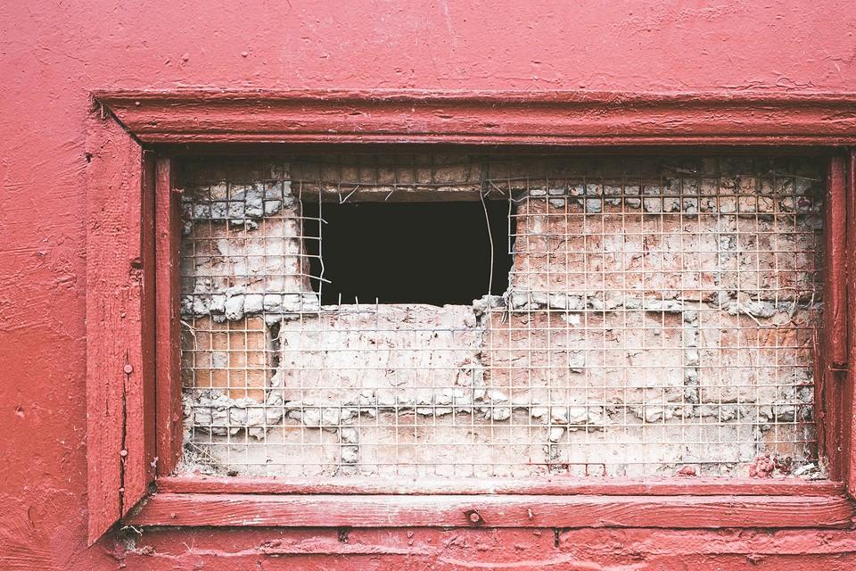 Что такое цокольный этаж в частном доме и многоквартирных зданиях