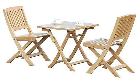 Складные стулья и стол