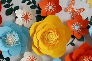 4 простых способа сделать бумажные цветы на стену
