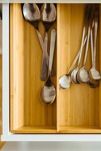 8 бюджетных приспособлений, которые помогут поддержать порядок на кухне