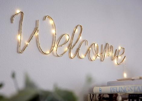 Светодиодная надпись «Добро пожаловать»