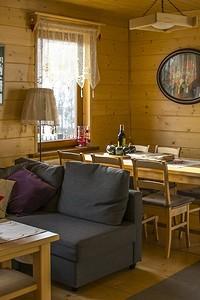 Дизайн кухни в деревянном доме (66 фото)