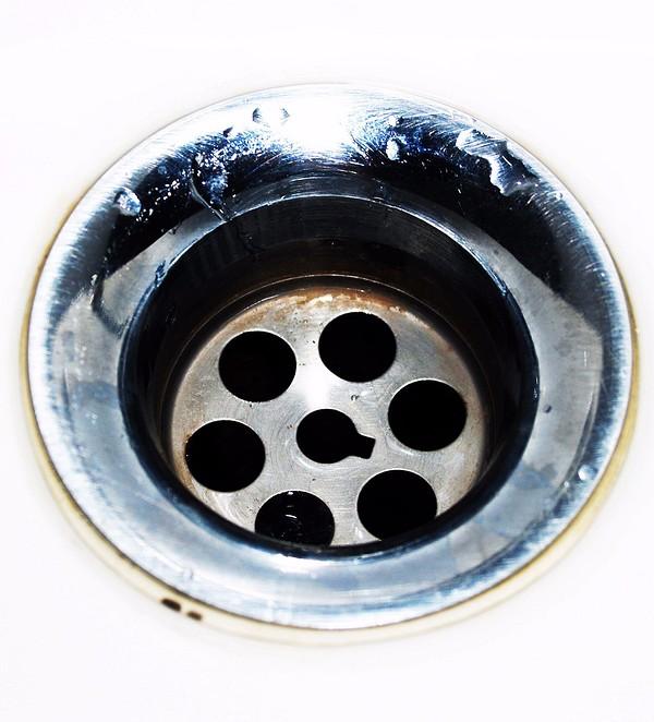 Прочищать загрязнение можно и &...
