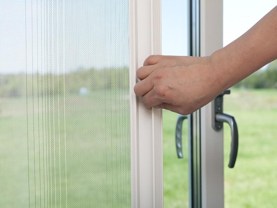 Как замерить окно для москитной сетки: пошаговая инструкция