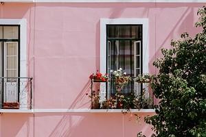 Французский балкон: что это такое и как правильно его обустроить