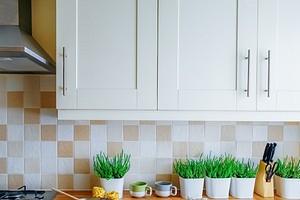 До и после: 8 кухонных гарнитуров, которые обновили своими руками