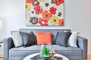 Как выбрать диван в гостиную: 6 важных параметров