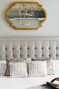 Короткий гид по оформлению спальни: от зонирования до декорирования