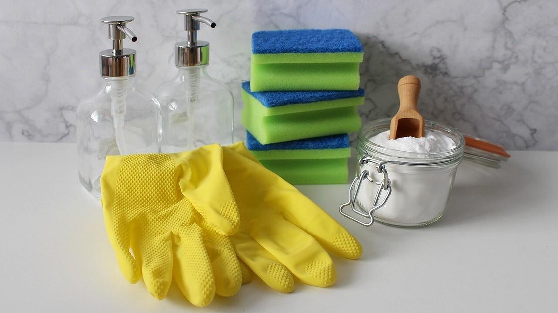 Чем лучше мыть акриловую ванну