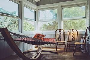 Как покрасить веранду на даче: пошаговая инструкция и 30 фото для вдохновения