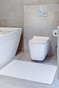Какая ванна лучше: акриловая или стальная? Сравниваем и выбираем