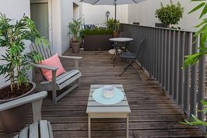 Из чего лучше сделать пол на балконе: 5 практичных вариантов