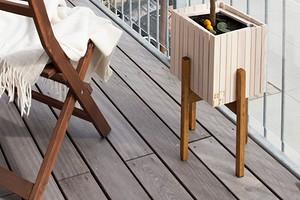 Чем застелить пол на балконе: 7 практичных материалов