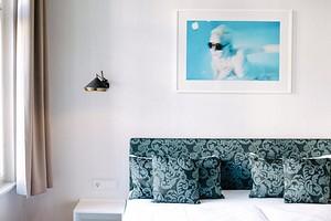 Декорируем изголовье кровати: 11 красивых и необычных идей