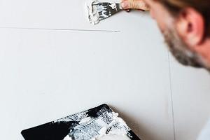 Как правильно выбрать и использовать штукатурки и шпаклёвки: 6 важных моментов